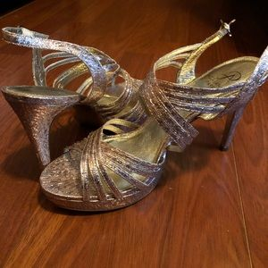 NW Gold Heels